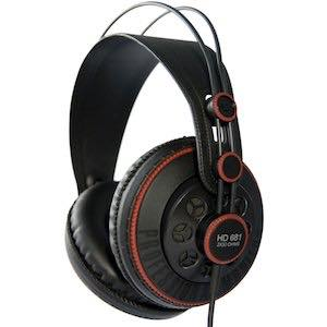 HD681 / Superlux